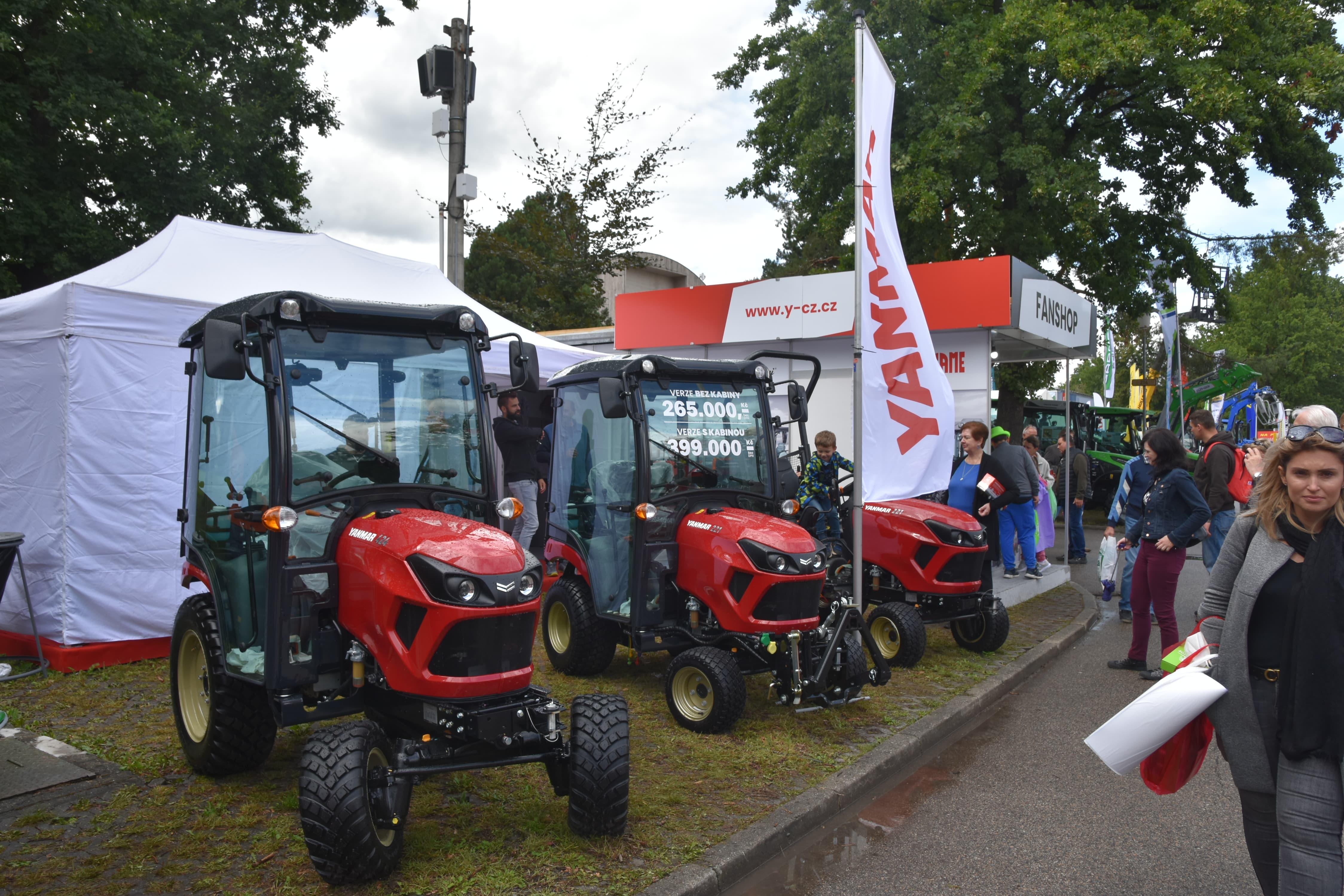 Země živitelka 2021 - traktory